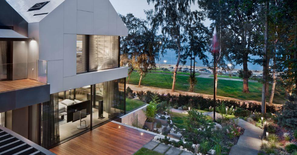 Dom nad Bulwarem w Gdyni: 800 m2 nowoczesnej architektury