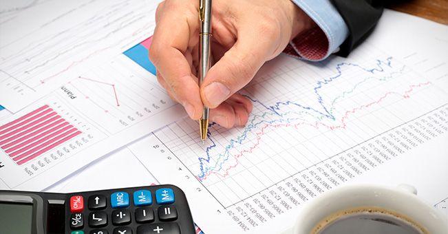 Zagrożenia i szanse dla polskiego przemysłu w kontekście ostatnich danych makroekonomicznych