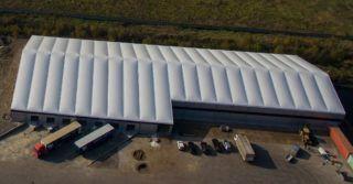 Hala produkcyjna na bazie hali namiotowej