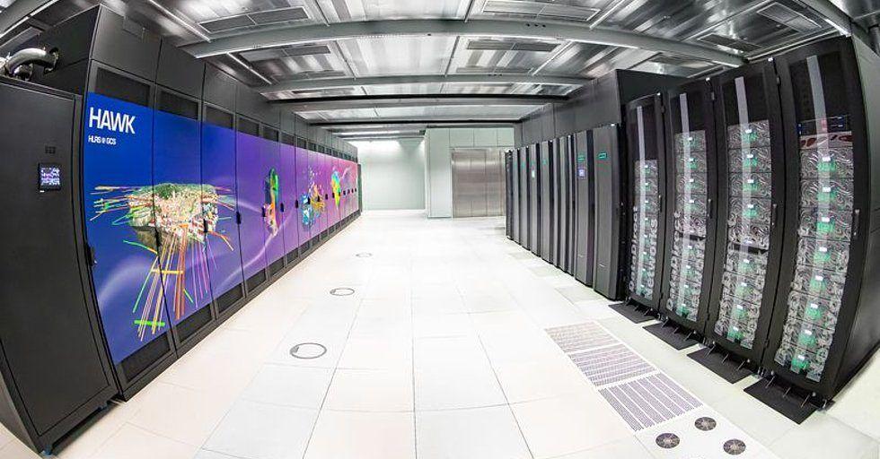 Superkomputer HAWK dla obliczeń naukowych i przemysłowych