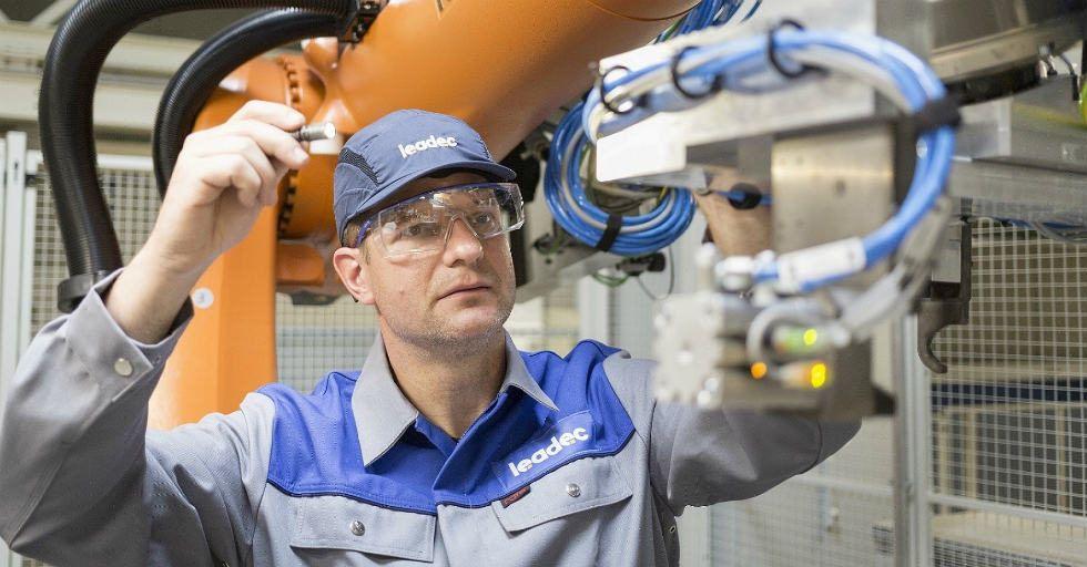 Leadec dostawcą utrzymaniu ruchu linii produkcji baterii w Jaworze i Kamenz