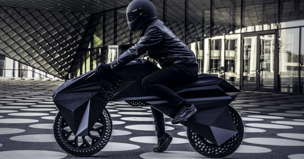 Nera: pierwszy na świecie w pełni wydrukowany w 3D motocykl z bezpowietrznymi oponami