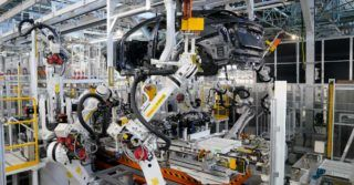 Nissan gotowy na przyszłość dzięki inteligentnej fabryce
