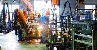 Światowa produkcja przemysłu wytwórczego osiągnie 41,9 trylionów USD w 2021 r., w porównaniu z 39,3 trylionów USD w 2020 r.