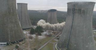 W 3,5 sekundy wyburzono chłodnię kominową w Elektrowni Siersza