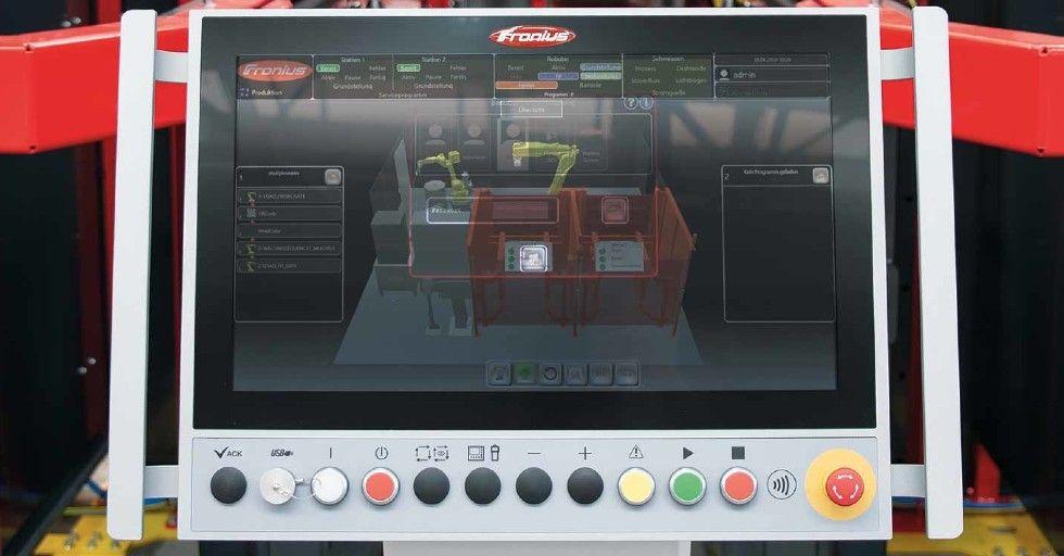 Nadrzędne sterowanie systemowe HMI T21-RS monitoruje ikoordynuje wszystkie komponenty oraz wizualizuje wszystkie procesy wczasie rzeczywistym /Fot. Fronius International GmbH