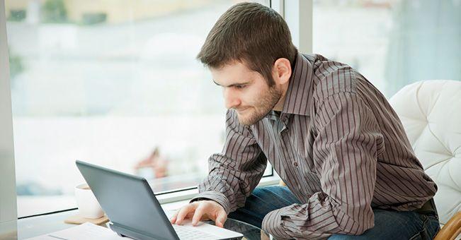 Szkolenia w przemyśle: niedoceniane e-nauczanie