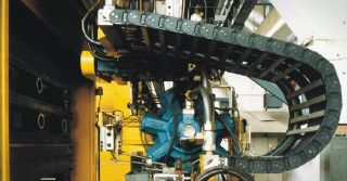 ZWG Iwiny SA – Łączymy metal z gumą
